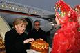 Ангела Меркель и Франсуа Олланд в аэропорту Минска
