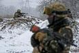 Украинские военнослужащие вблизи Дебальцево