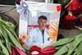 Фотография Бориса Немцова на месте гибели политика на Большом Москворецком мосту