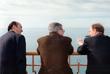 Премьер-министр РФ Евгений Примаков (в центре), министр иностранных дел Великобритании Робин Кук (справа) и министр иностранных дел Игорь Иванов во время встречи в Сочи , март 1999 год