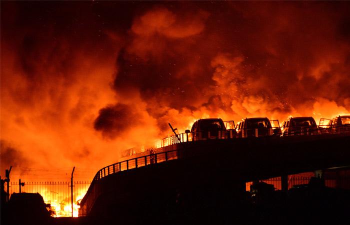 О причинах взрыва пока не сообщается, известно, что на складе хранились легковоспламеняющиеся вещества. Суммарная мощность взрывов могла превысить 20 тонн в тротиловом эквиваленте