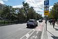 Самая спорная инициатива года - велодорожка между тротуаром и парковочной зоной для автомобилей