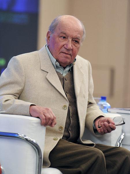Лев Дуров во время творческой встречи, посвященной его 80-летию. 2011 год.