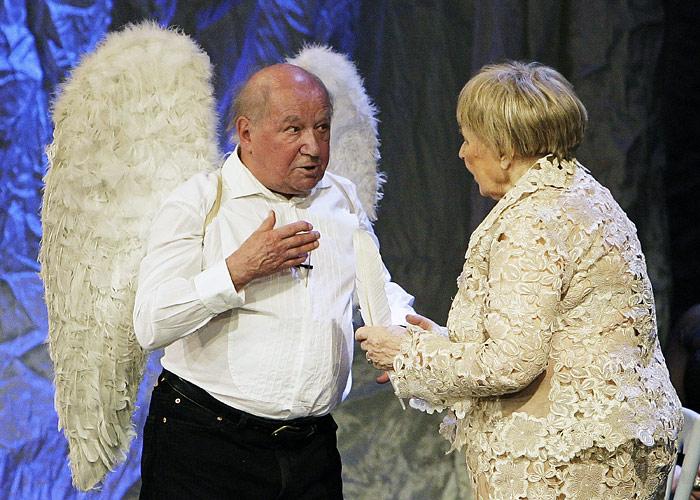 Лев Дуров и Ольга Аросева на юбилейном вечере в театре Сатиры. 2010 год.