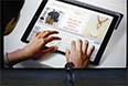 """iPad Pro действительно огромен: разрешение экрана - 5,6 млн пикселей, диагональ, как бывала раньше у телевизоров, вес под килограмм, а """"рамка"""" вокруг экрана не уступает в размерах некоторым бордюрам. Цена в США от 799 долларов."""