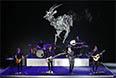 Традиционно, презентация закончилась выступлением музыкантов. В данном случае, это были OneRepublic.