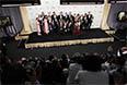 """Лучшим драматическим сериалом стала """"Игра престолов"""", основанная на цикле романов Джорджа Мартина """"Песнь Льда и Пламени"""". Всего этот сериал выдвигался в 24 номинациях, выиграв премии за лучшую режиссуру, лучший сценарий и лучшего актера второго плана – им был признан Питер Динклэйдж за роль Тириона Ланнистера."""