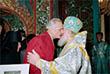1994 год. Ярославль. На торжестве по поводу 680-летия Свято-Введенского Толгского монастыря встретились Патриарх Алексий II и кинорежиссер Никита Михалков.