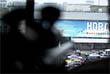 """В Госдуме считают, что операция по освобождению заложников в театре на Дубровке прошла успешно. Член комитета Госдумы по безопасности и противодействию коррупции Владимир Васильев, в свое время сообщил, что штурм был проведен """"точечно и очень профессионально"""". По его словам, спецподразделения выполнили свою задачу: не допустили взрыва и уничтожили всех террористов. На фото: Вид с занятой снайпером позиции в одном из домов напротив ДК ГПЗ """"Московский подшипник"""". 2002 год."""