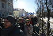 Участники марша растянулись от Рождественского бульвара до конца Петровского бульвара. Они требовали призвать к ответу заказчиков убийства Немцова, а также скандировали антиправительственные лозунги.