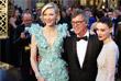"""Номинантка на премию """"Оскар"""" в категории """"Лучшая женская роль"""" Кэйт Бланшетт, режиссер Тодд Хейнс и актриса Руни Мара"""
