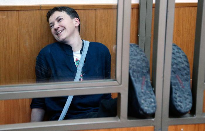 Надежда Савченко, обвиняемая в причастности к убийству российских журналистов под Луганском 17 июня 2014 года