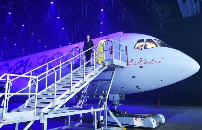 В Иркутске презентовали новый пассажирский самолет МС-21