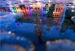 Брюссельская ратуша подсвечена в радужные цвета в память о погибших