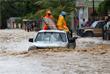 От самого мощного за последние девять лет урагана из бушующих в Атлантическом океане наиболее сильно пострадали Куба и Гаити. Скорость порывов ветра достигала 230 км/ч. Диаметр циклона составил 28 км.