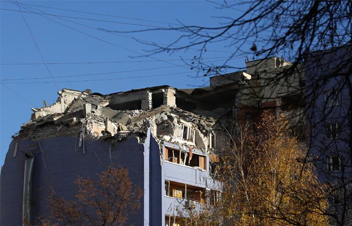 На месте взрыва бытового газа в многоэтажном жилом доме в Рязани