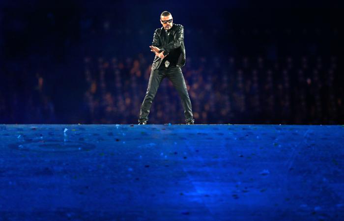 Выступление певца на церемонии закрытия Олимпиады в Лондоне. Август 2012 года.