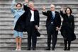 Президент США Дональд Трамп с женой Меланией Трамп и вице-президент Майк Пенс с супругой Карен Пенс