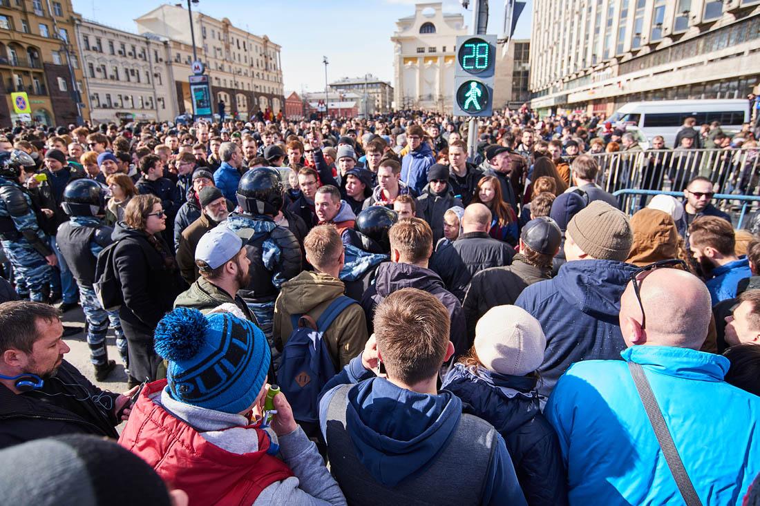 По сообщению пресс-службы ГУВД в акции приняло участие порядка 7-8 тысяч человек