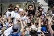 Папа Римский Франциск на площади Святого Петра в Ватикане после мессы в Пальмовое воскресенье