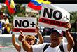 Установление графика проведения выборов нового президента страны, а также начало процесса восстановления экономики Венесуэлы - таковы требования протестующих