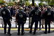 """Несколько сотен школьников собрались на площади Республики в центре столицы. Они скандировали лозунги: """"Ни Марин, ни Макрон"""". Затем некоторые из них прошли маршем до площади Бастилии"""
