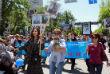 """Акция """"Бессмертный полк"""" прошла Бишкеке. По данным организаторов, на улицы киргизской столицы вышли около 50 тысяч человек"""