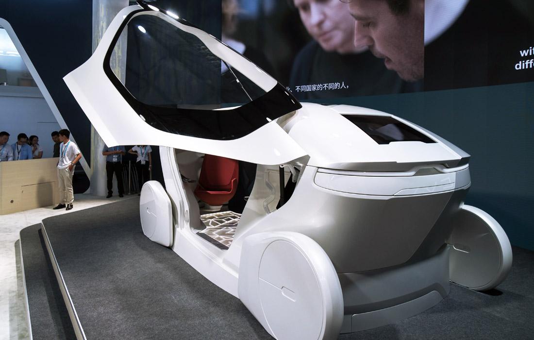 Шведская компания NEVS представила концепт электрического беспилотного автомобиля InMotion. Презентация состоялась в рамках международной выставки потребительской электроники CES 2017 в Шанхае.
