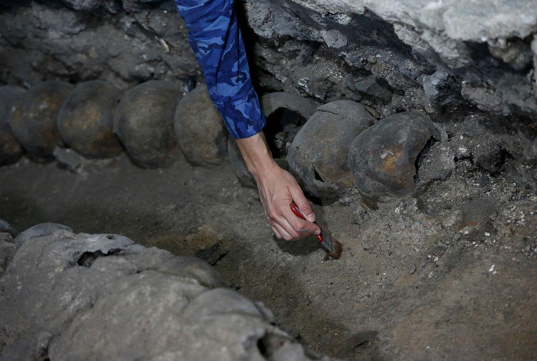 Следы Темпло Майор были найдены во время прокладки кабеля в 1978 году. Первые черепа были найдены в ходе археологических раскопок в 2015 году.
