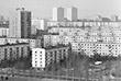 Хрущевки, а в программу реновации вошли не только они, в свое время стали ответом на вопрос обеспечения граждан СССР жильем. Быстровозводимые дома решали задачу переселения жителей сел, расселения бараков и коммуналок, строительства моногородов.