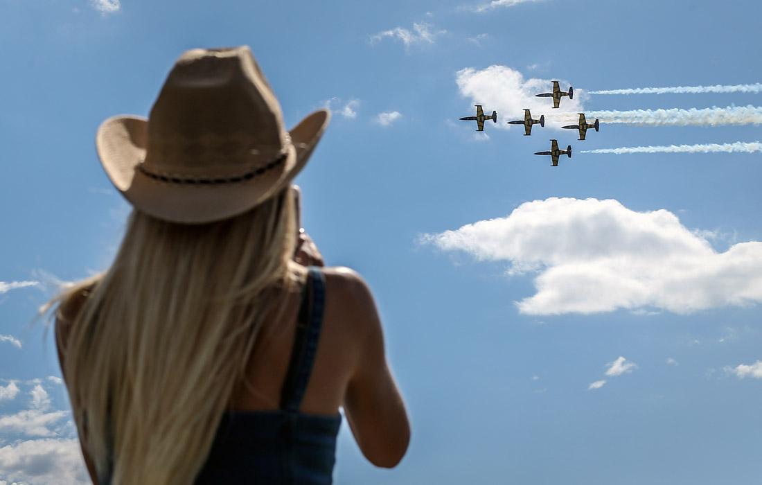 Показательные выступления авиационной группы Baltik Bees Jet Team на самолетах L-39