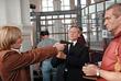 Во время отработки эпизода перед съемкой с Дмитрием Харатьяном и Александром Балуевым. 1999 год.