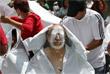 В Мехико введены силы армии и морской пехоты, которые помогают пострадавшим