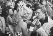 Хефнер празднует открытие именной звезды на голливудской Аллее славы в Лос-Анджелесе. Апрель 1980 года.
