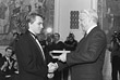 С Борисом Ельциным во время церемонии вручения Государственных премий РФ. 1991 год.