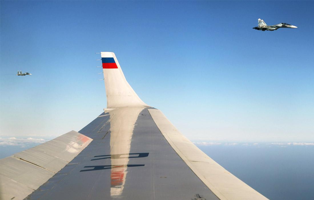 """Вид из иллюминатора самолета главы государства во время перелета на авиабазу """"Хмеймим"""""""