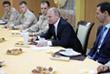 Президент России Владимир Путин и президент Сирии Башар Асад во время встречи с российскими военнослужащими