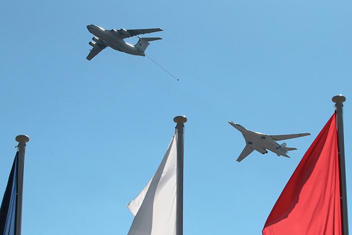 Перспективный российский самолет-заправщик впервые поднялся в воздух