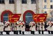 Военнослужащие во время военного парада в честь 75-й годовщины победы в Сталинградской битве