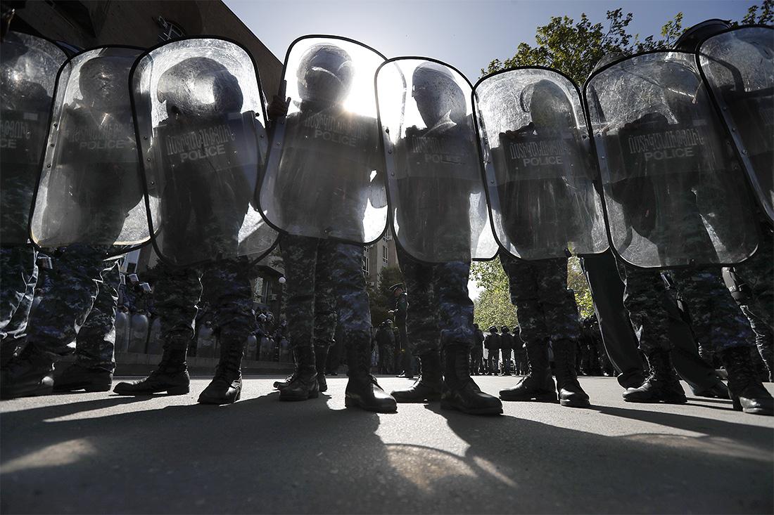 После нарушений на митингах в Ереване возбудили дело о хулиганстве