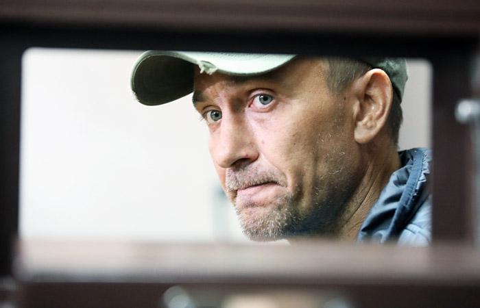 Повредивший картину Репина вандал арестован