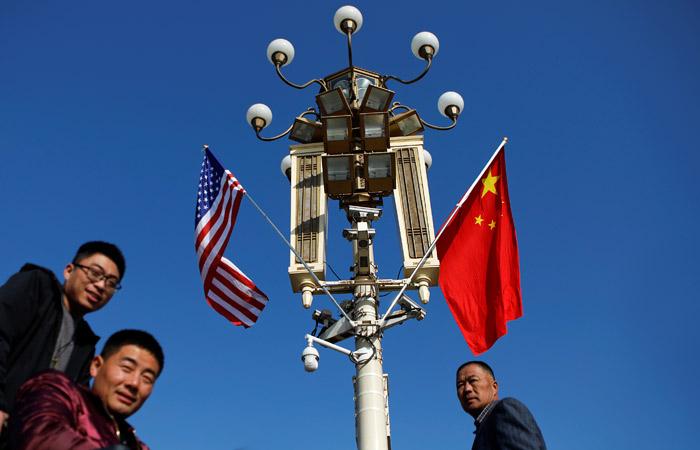 Китай счел незаконными санкции США из-за покупки российских С-400 и самолетов Су-35