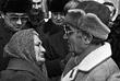 Шарль Азнавур во время одной из встреч на армянской земле. Ереван, 1989 год.