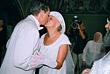 Николай Караченцов и его супруга Людмила Поргина во время церемонии венчания. Август 2005 года.