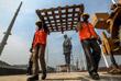 В работах было задействовано более 3000 рабочих. Стоимость строительства составила порядка 430 миллионов долларов.