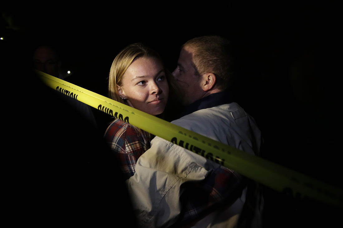 В городе Таузанд-Окс в штате Калифорния в ходе стрельбы погибли 12 человек, включая заместителя шерифа округа Вентура