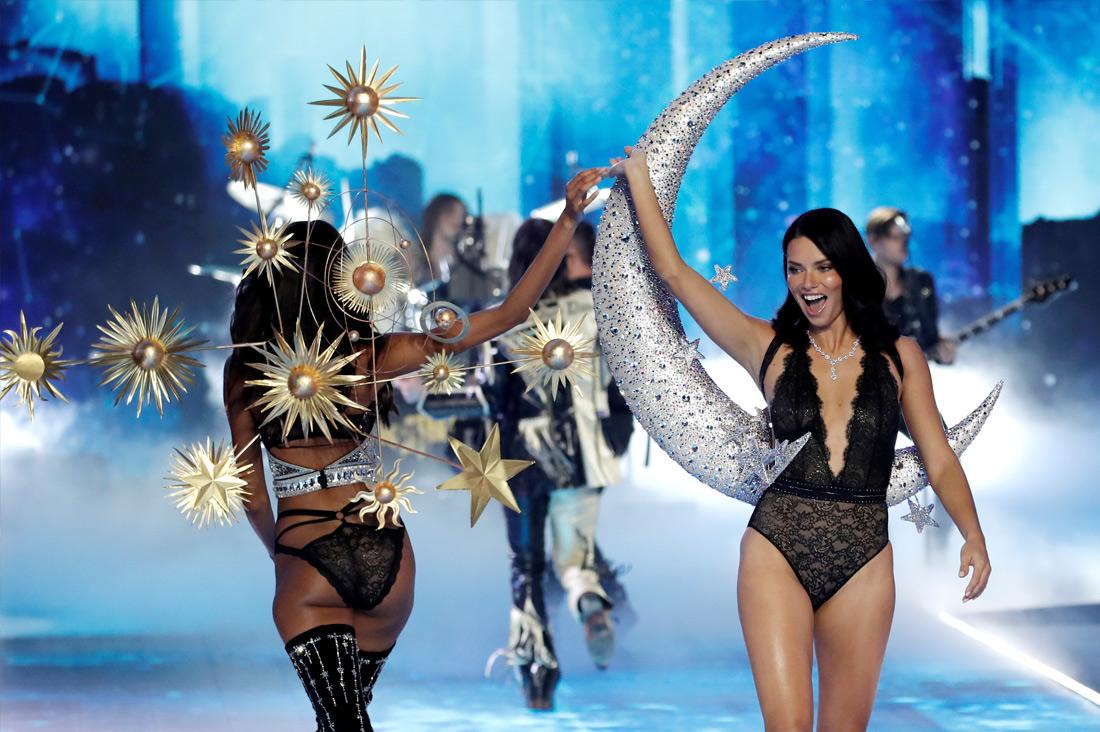 Шоу Victoria's Secret - фото 2 из 12