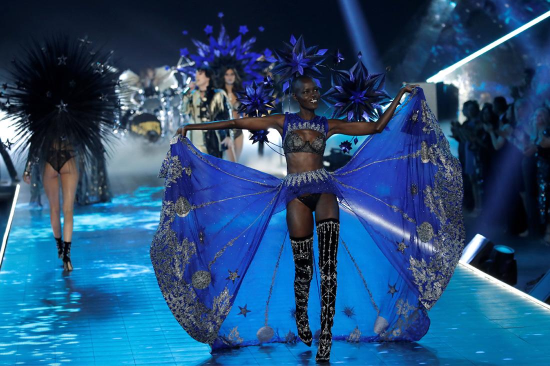 Шоу Victoria's Secret - фото 9 из 12