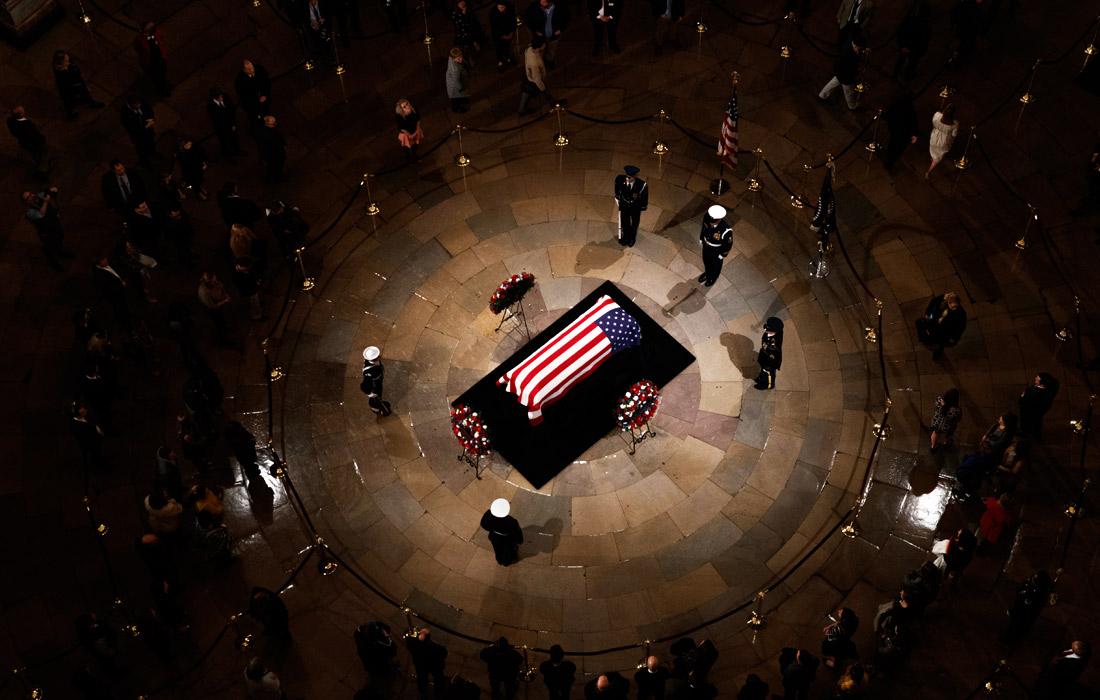 Прощание с Джорджем Бушем - старшим