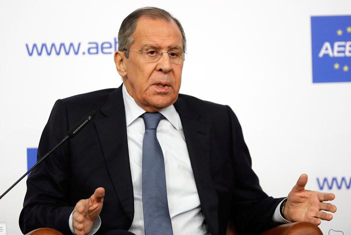 Лавров заявил о планах Украины и НАТО совершить прорыв через Керченский пролив